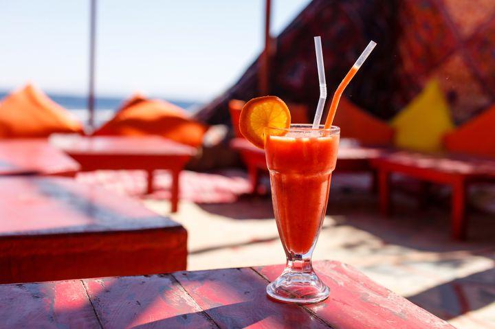 """南国リゾート気分に浸れる!沖縄女子旅におすすめな""""おしゃれカフェ""""10選"""