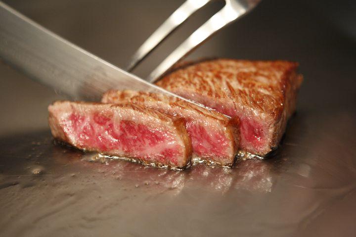ガッツリお肉にかぶりつく!東京都内で食べたい「ステーキ」の名店7選