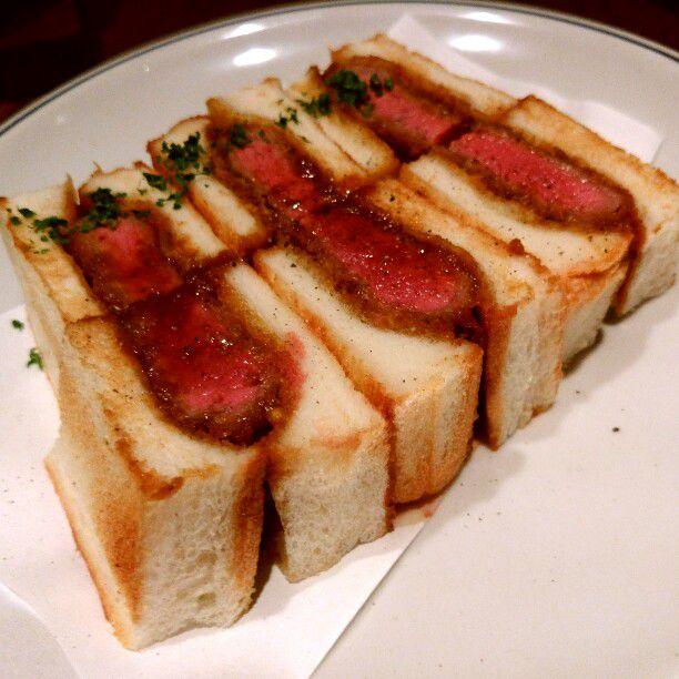 """たまには贅沢なサンドイッチを。東京都内の""""絶品ビーフカツサンド""""のお店7選"""