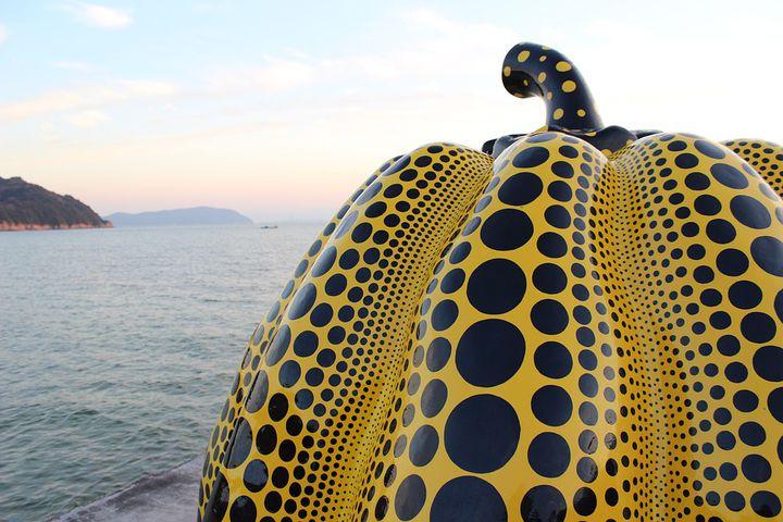 小回りきく自転車が便利!直島で現代アート鑑賞巡り