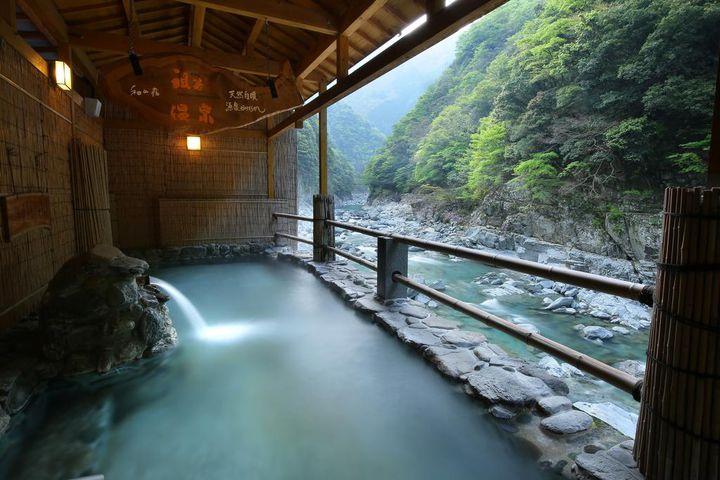 癒しを求めるあなたへ。自然が美しい四国の絶景宿10選