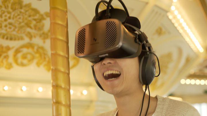 世界初のメリーゴーランドアトラクション!ハウステンボスに「VR DRAGON WORLD TOUR」登場