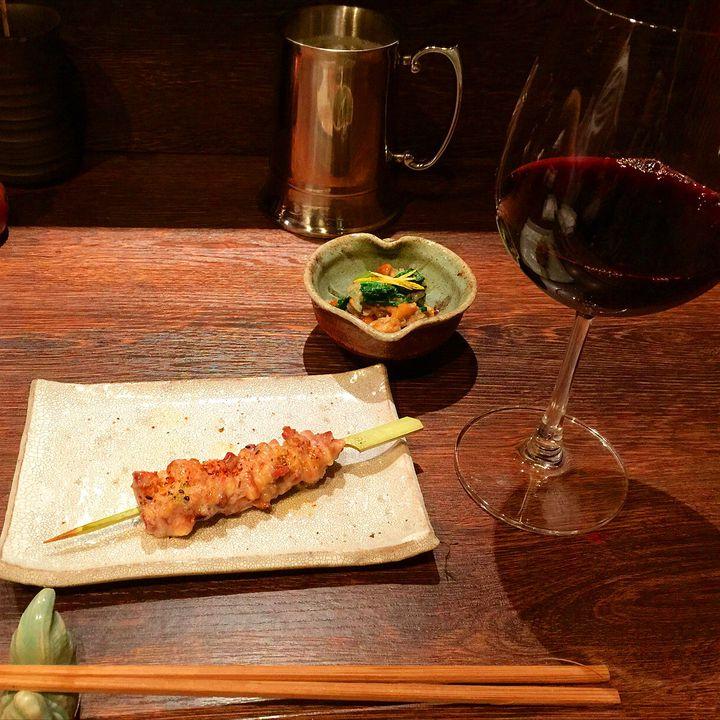 """たまにはこんな夜もどう?""""デートでこそ""""行きたい東京都内の人気焼き鳥店7選"""