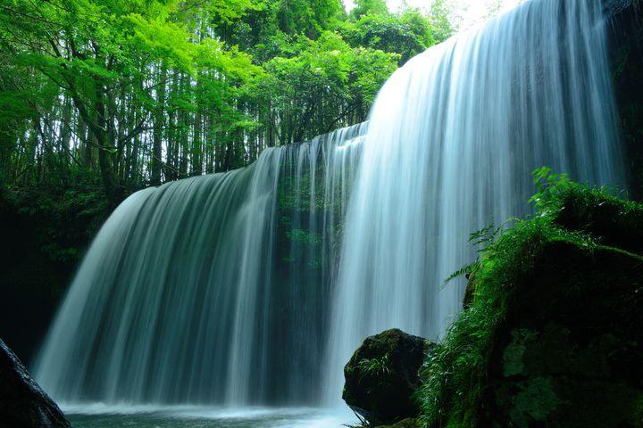 日本全国滝巡り!人生で一度は行きたい迫力満点の滝スポット10選