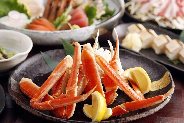 カニの季節を見逃すな!伝統と美食の街・加賀おすすめホテル・旅館50選