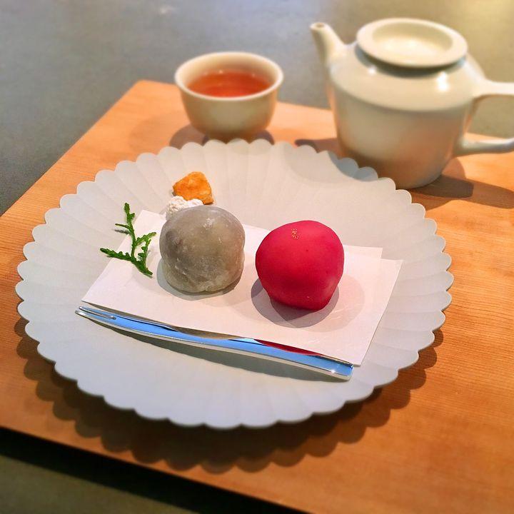 この可愛さはこだわりの賜物。大阪新町の「餅匠しづく」の和菓子が食べたい