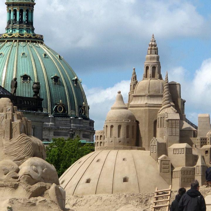 コペンハーゲン「フレデリクス教会」ロマンチックなドーム屋根が素敵!