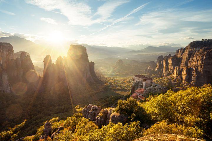 断層マニアの心がときめく!世界遺産×断崖絶壁が織り成す奇跡の景色7選
