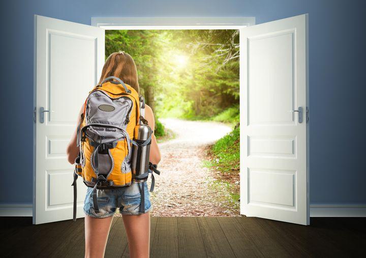 """本当の旅の扉が開く!ただの一人旅を""""人生を変える一人旅""""に変える9つの方法"""