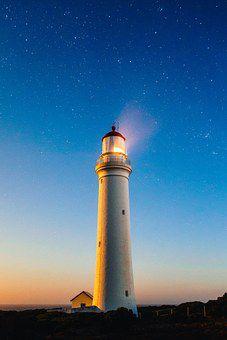 金沢港の道しるべである大野灯台の魅力に迫る!