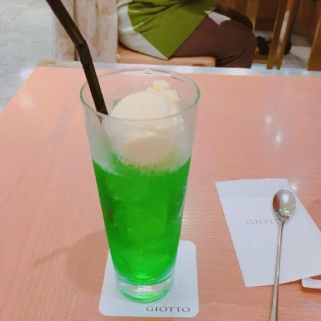 お酒もいいけどたまにはね?懐かしさを感じる日本全国のメロンソーダ7選