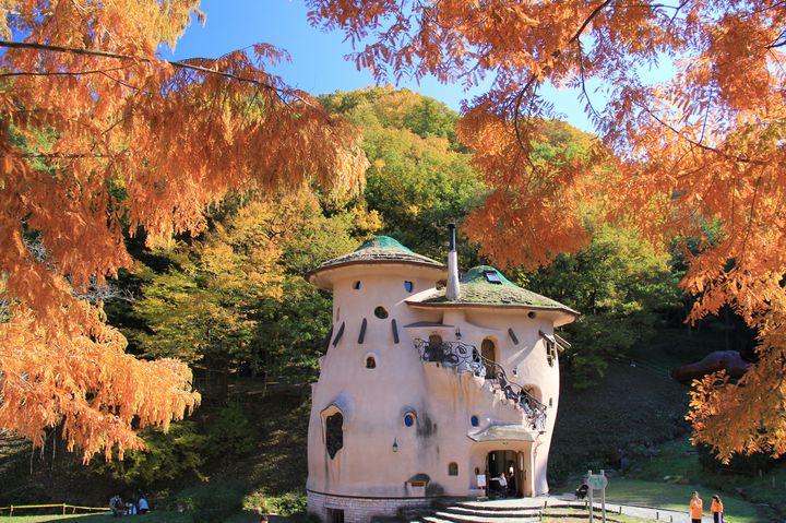 ムーミン谷が埼玉に!「あけぼの子どもの森公園」がメルヘンすぎると話題