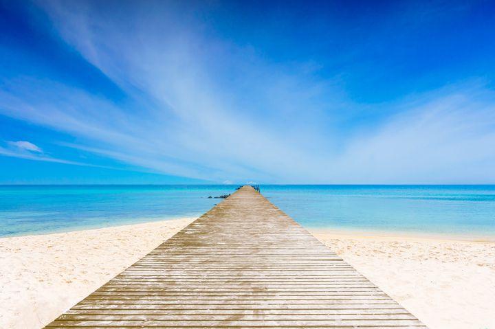 """天国に一番近い絶景に行こう。死ぬまでに行きたい世界の""""地上の楽園""""7選"""