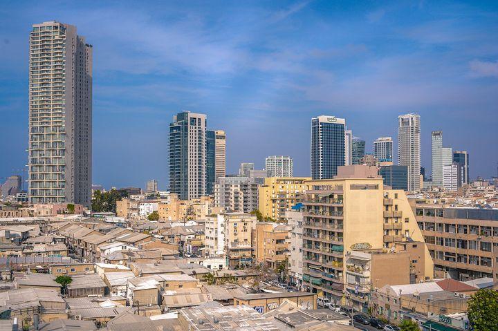 イスラエル建国の街テルアビブの観光スポット「シャローム タワー」