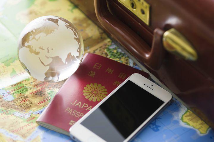 """準備万端で楽しい旅行を!海外旅行の際に""""あったら助かる""""7つの持ち物"""