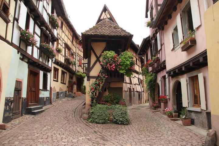まるでディズニーの世界。フランスの美しい村「エギスアイム」で迷子になりたくて