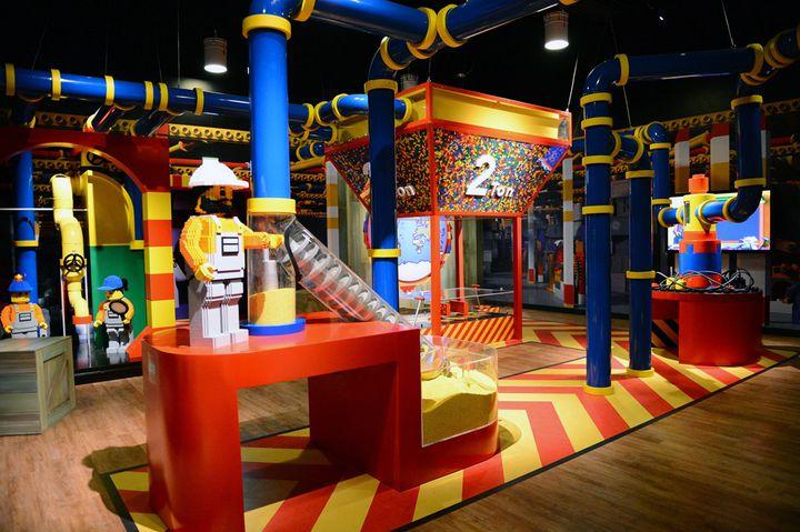 """【開催中】大人のためのイベント!""""夜のレゴランドDCT""""で謎解きに挑戦"""