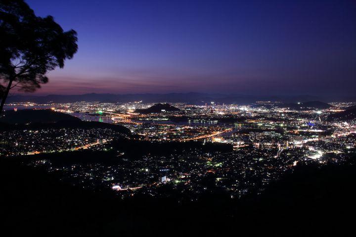 広島観光を夜まで楽しみ切る!広島夜景スポットランキング7選