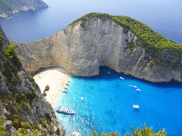 その綺麗さに感動すること間違いなし。この夏行きたい世界の絶景ビーチ7選