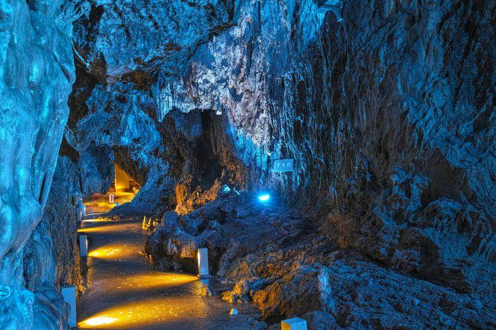 """暑い日には洞窟でひんやり気分!夏に行きたい日本各地おすすめ""""洞窟""""を紹介"""