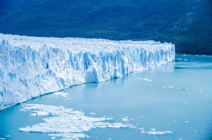 一面に広がる氷河の絶景。アルゼンチンの「ロス・グラシアレス国立公園」が壮大すぎる