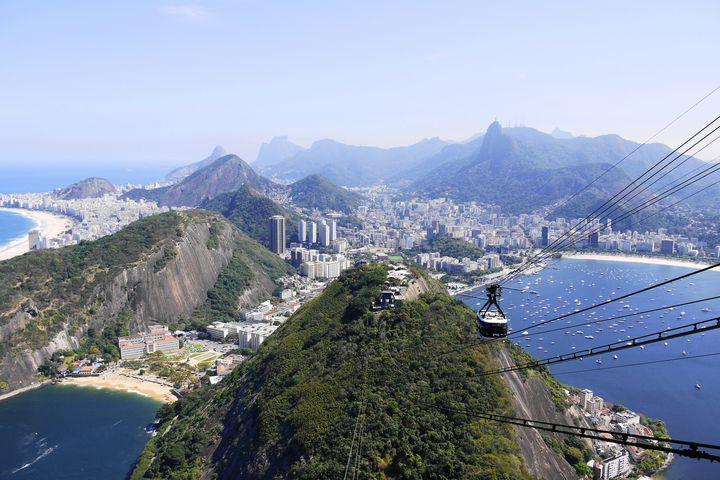 リオデジャネイロの市民も大好き、面白い岩が見える海岸!ベルメーリャ海岸