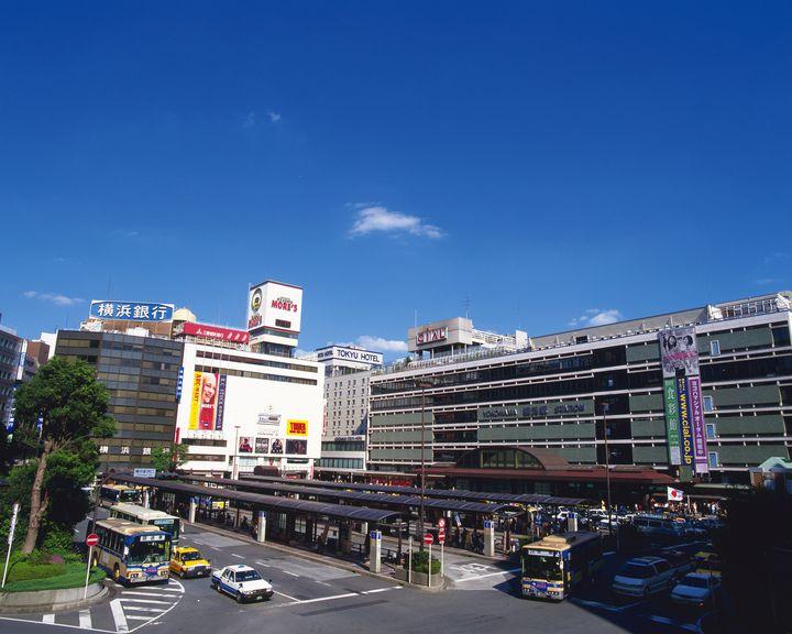 ファッションもグルメも楽しみたいときに利用しよう!横浜高島屋周辺にある駐車場5選
