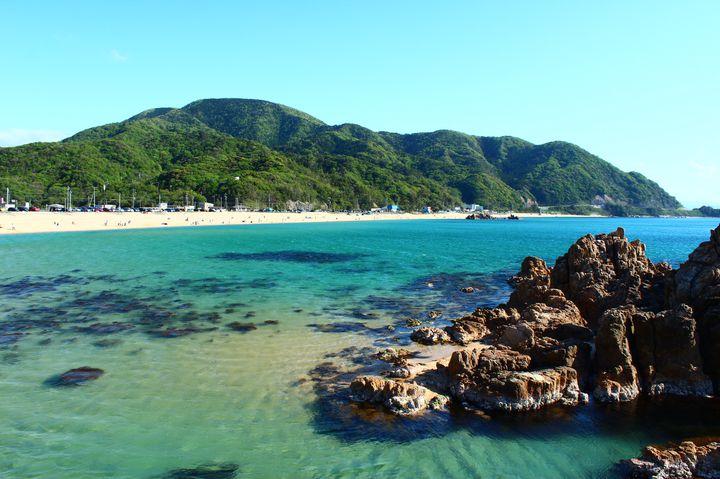 夏の思い出は福井の海で決まり!家族連れ必見の海水浴場15選