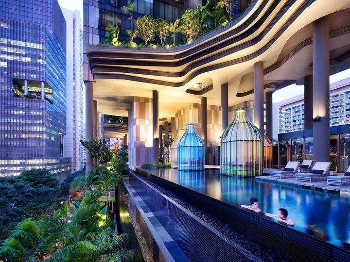 プールでリゾート気分満喫!シンガポールの人気のホテル!20選