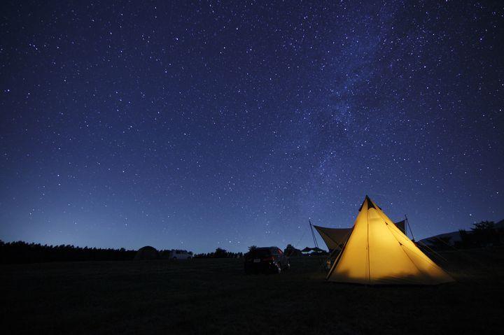"""今夜はロマンチックに!関東の""""満点の星空""""の下で過ごせるキャンプ場8選"""