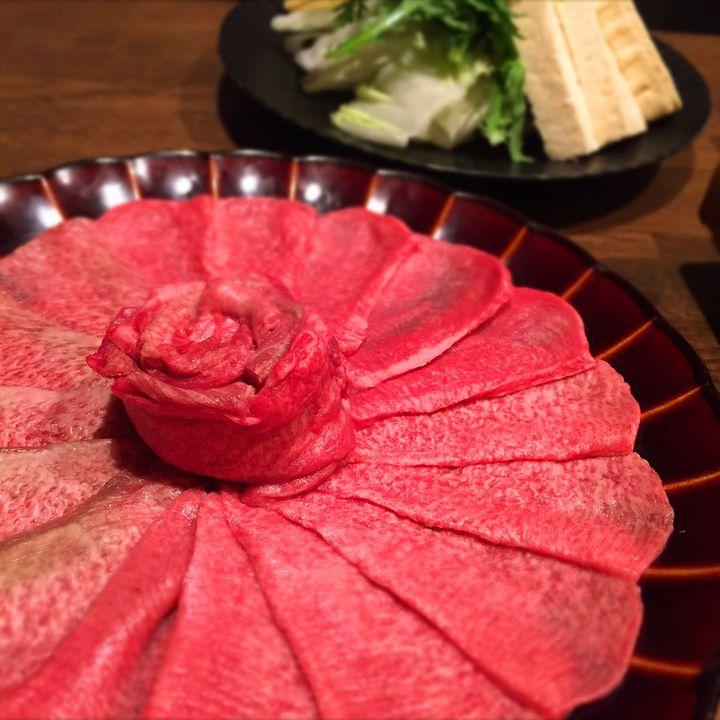 フォトジェ肉の極み!白金「肉庵 小滝野」の牛タンしゃぶが魅惑的すぎる
