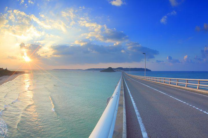 私を海につれてって。週末デートで行きたい全国の「海沿いドライブ」スポット9選