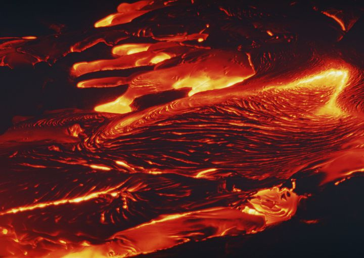溶岩が溢れ出るハワイの絶景!「キラウエア火山」は度肝を抜く景色だった