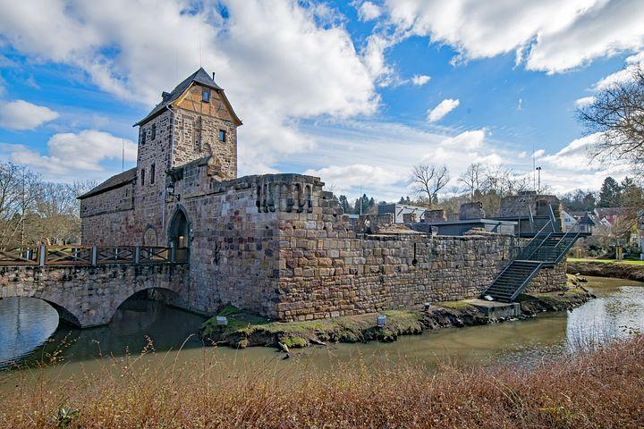 二重に金沢城を囲んでいた金沢城惣構跡を紹介