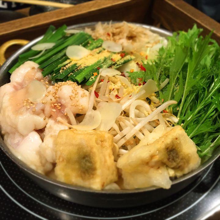 冬に食べたい鍋はこれ!関西で本場博多のもつ鍋がいただけるお店7選