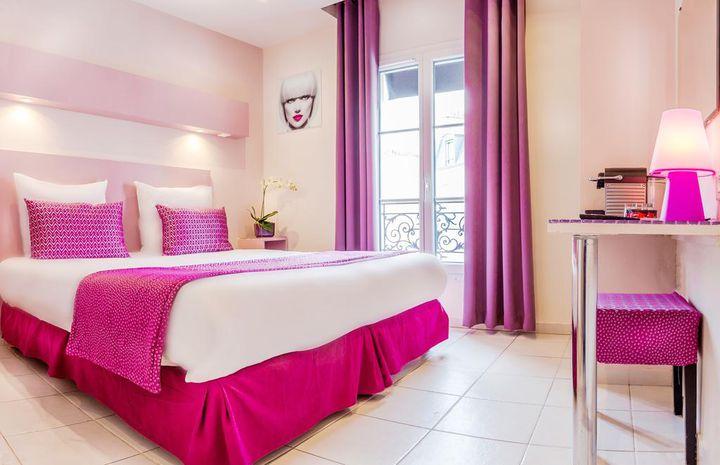 まるでバービー人形気分?パリで見つけた「PINK HOTEL」が可愛すぎる