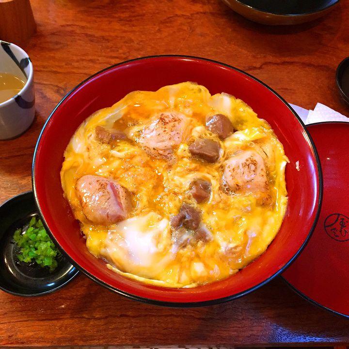 今日はガッツリ食べたい。東京都内の「グルメ通がおススメする〇〇丼」7選