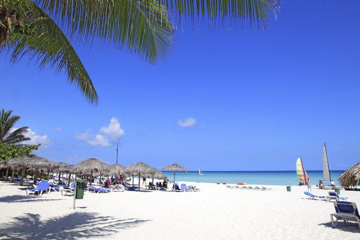 """気分はパイレーツ!カリブ海に浮かぶ""""キューバ""""の絶景観光スポットをご紹介"""