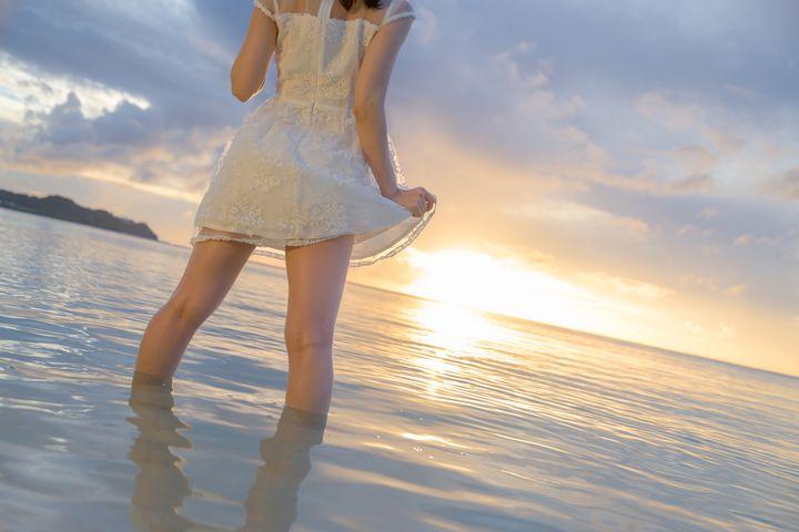 """【終了】夏にしか見れない""""ふともも""""がここに。「ふともも写真の世界展 南国編」名古屋で開催"""
