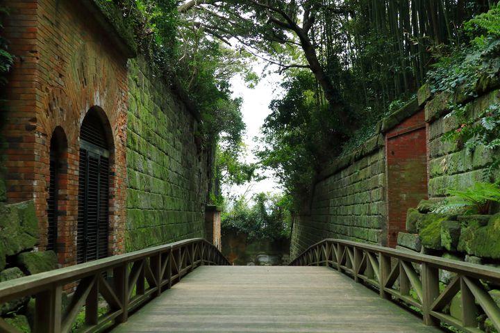 この夏の注目地はここだ!神奈川の無人島「猿島」で体験したい10のこと