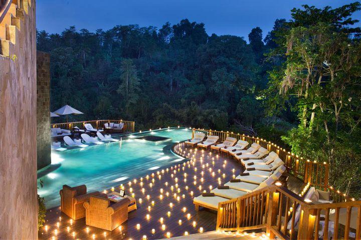 人生で一度は泊まってみたい!世界の「ちょっぴり変わったホテル」10選