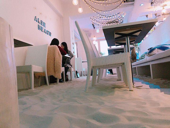 今話題の砂浜カフェも!非日常が味わえる東京近郊のリゾートカフェ7選