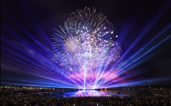 【終了】音楽に合わせた華やかな演出!ハウステンボスの「スペシャル花火」が見たい