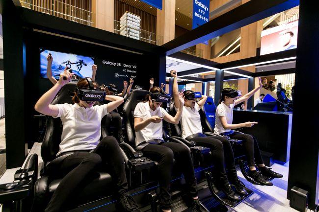 【終了】全国で話題沸騰中!「Galaxy Studio」が東京ミッドタウンに限定登場