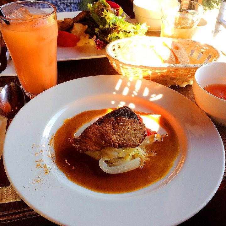 東京にいながらパリ気分。恵比寿のレストラン「Rue Favart」とは