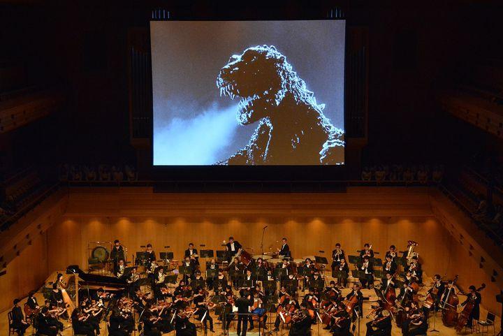 【終了】野外シネマにオールナイト上映も!「第30回東京国際映画祭」開催