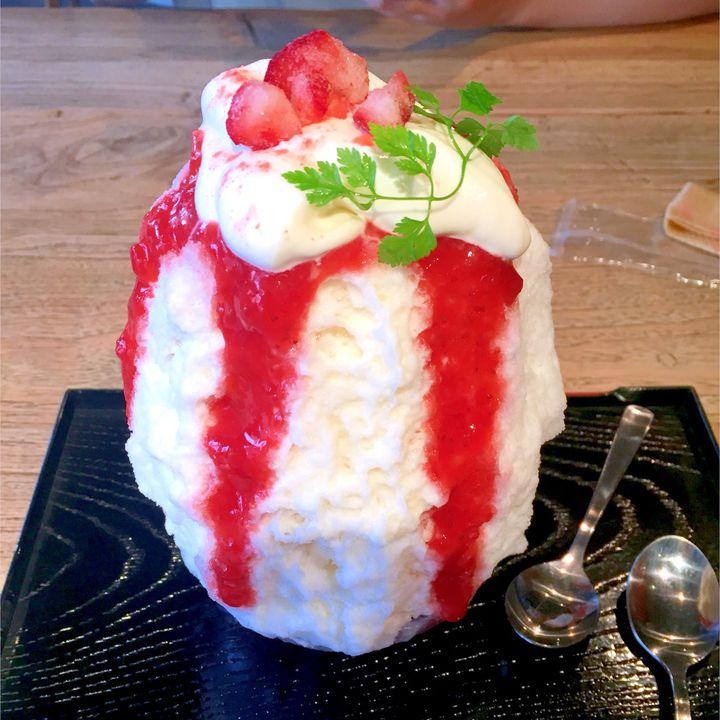 """かわいい、美味しいが止まらない!東京都内の""""フルーツたっぷりかき氷""""7選"""