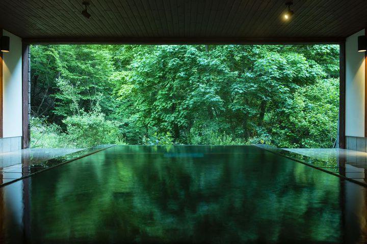 自然と一体化する極上の癒し。ひっそり佇む長野県の桃源郷「明神館」が美しい