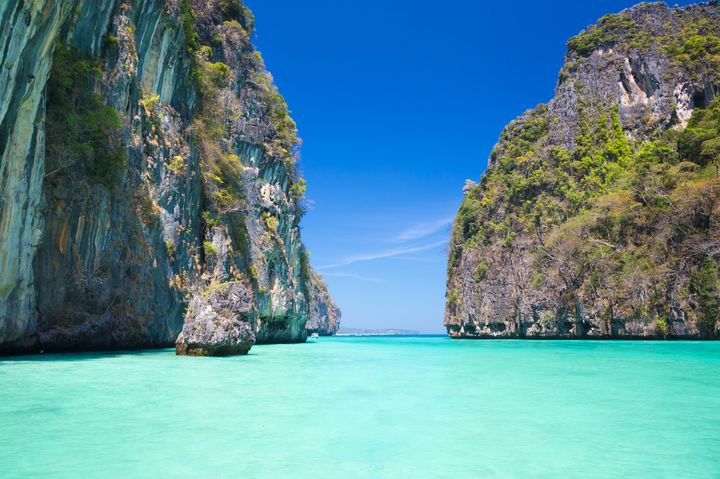 エメラルドグリーンの海に感動。次の旅行はタイの「ピピ島」で決まり