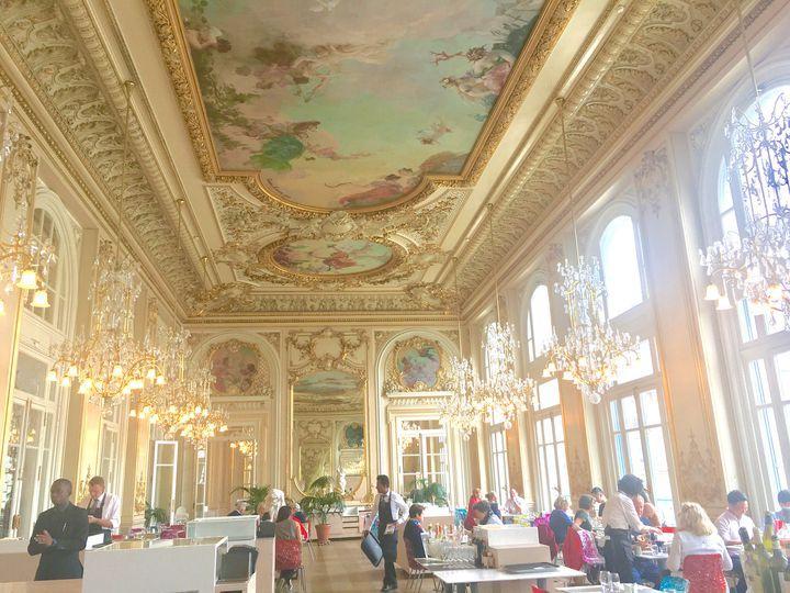 パリで外せないスポット!「オルセー美術館」にあるレストランがゴージャスすぎる